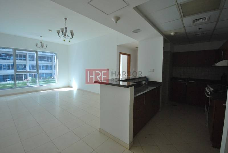2 One Bedroom with Swimming Pool View in Skycourts