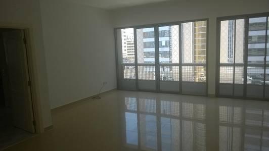 3 Bedroom Apartment for Rent in Al Markaziya, Abu Dhabi - So Beautiful 3Br flat  with maid's room at Hamdan St
