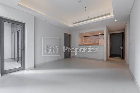 1 Bedroom Flat for Rent in Downtown Dubai, Dubai - 1 Bbed+S seized as 2 beds for rent now