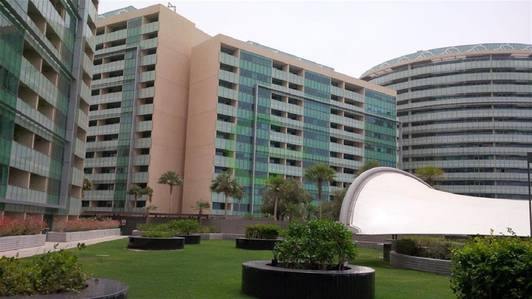 2 Bedroom Flat for Rent in Al Raha Beach, Abu Dhabi - Amazing 2BR apt/120k/4 cheques. . .