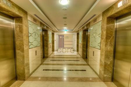 Office for Rent in Jumeirah Lake Towers (JLT), Dubai - Corner Office I High Floor I Fitted Space