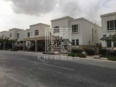 3 Bedroom Villa for Sale in Al Ghadeer, Abu Dhabi - Upgraded and well-maintained park view 3 1 villa in Al Ghadeer