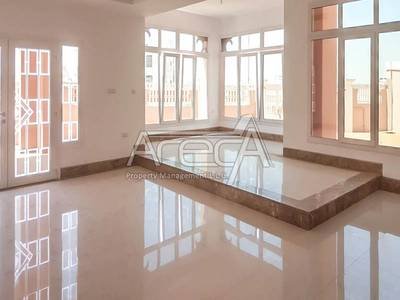 Villa for Rent in Abu Dhabi Gate City (Officers City), Abu Dhabi - Huge Commercial Villa in Officer City (Gate City)! Big Space, Strategically Located