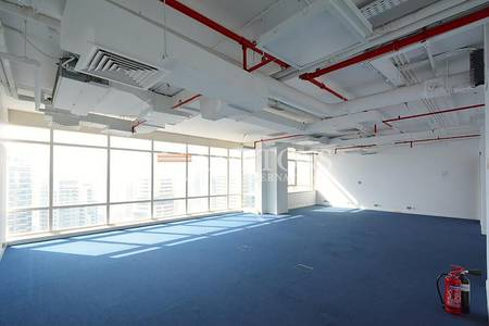 Office for Rent in Jumeirah Lake Towers (JLT), Dubai - Fully Fitted Office in Liwa Heights