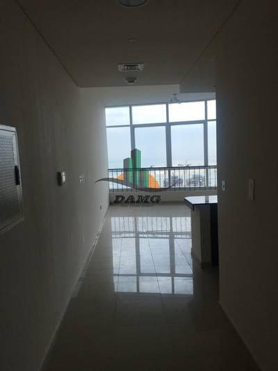 Studio for Rent in Al Reem Island, Abu Dhabi - HUGE STUDIO FOR RENT IN HYDRA C5 (4 PAYMENT )