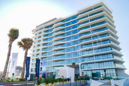 1 Bedroom Flat for Sale in Al Raha Beach, Abu Dhabi - Superb 1BR Apartment. Call & Invest Now!