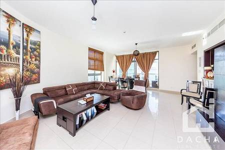 2 Bedroom Flat for Sale in The Views, Dubai - Exclusive Property / Large layout / Pool View