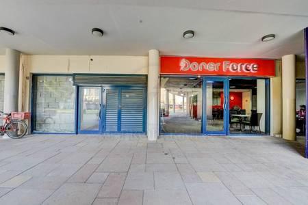 Shop for Rent in Jumeirah Lake Towers (JLT), Dubai - JLT Jumeirah Bay X2 Fitted Lake View Shop