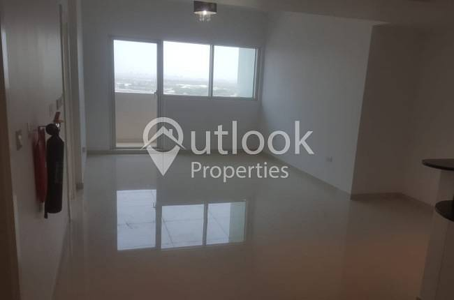 STUNNING SEA VIEW 1BHK+2BATH+FACILITIES!
