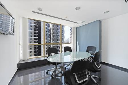 Office for Rent in Jumeirah Lake Towers (JLT), Dubai - High End | Fully Furnished | Partitioned