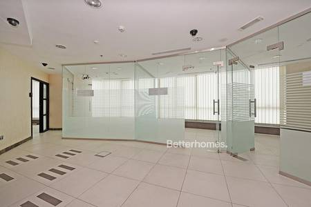 Office for Rent in Jumeirah Lake Towers (JLT), Dubai - Best Layout | 3 Partition | Next to metro