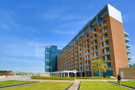 2 Bedroom Flat for Sale in Al Raha Beach, Abu Dhabi - HOT DEAL !!DUPLEX APARTMENT.Great Location