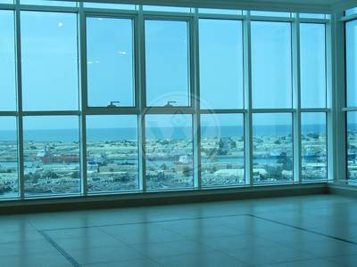 2 Bedroom Flat for Rent in Al Mina, Abu Dhabi - NO COMMISSION | 2 BED+MAIDS | SEA VIEWS!