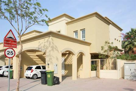 3 Bedroom Villa for Sale in The Springs, Dubai - Motivated Seller. 3BR in Emirates Living SPRINGS - 3