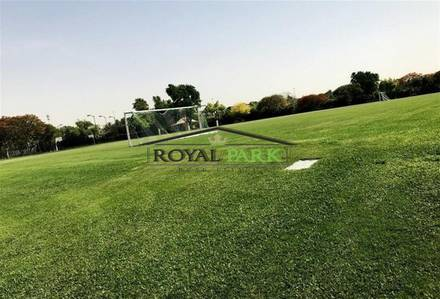 4 Bedroom Villa for Sale in The Lakes, Dubai - An Exquisite deal park view hattan the lakes