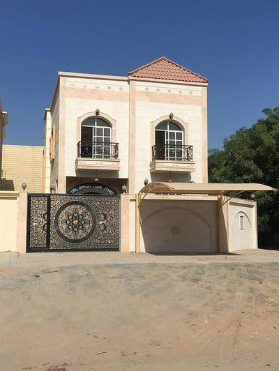 5 Bedroom Villa for Sale in Al Rawda, Ajman - Villa for sale in Ajman free ownership of all nationalities with bank financing