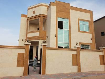 5 Bedroom Villa for Sale in Al Rawda, Ajman - For sale a villa consisting of two floors in Ajman