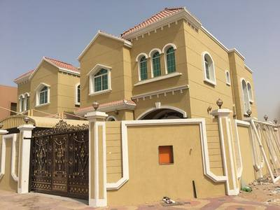 5 Bedroom Villa for Sale in Al Mowaihat, Ajman - Own a new villa # Ajman face # stone Corner # at # excellent price and very lively location