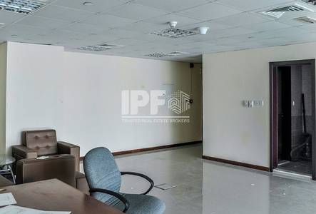 Office for Rent in Jumeirah Lake Towers (JLT), Dubai - Partitions | Lake View | High Floor | X3