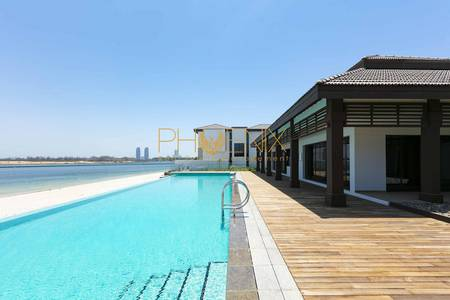 5 Bedroom Villa for Rent in Al Reem Island, Abu Dhabi - Waterfront 5 BR Villa with Facilities in Al Reem