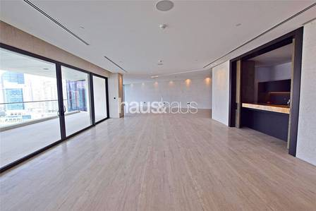 5 Bedroom Penthouse for Sale in Business Bay, Dubai - Vacant | Full floor 10