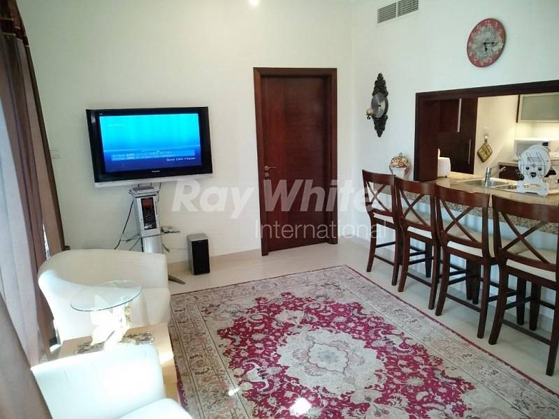 2 Well Lit  Furnished 1 BR In Burj Views