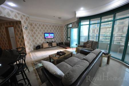 2 Bedroom Flat for Sale in Dubai Marina, Dubai - 2 BR Apt. in Marina Crown w/ Big Balcony