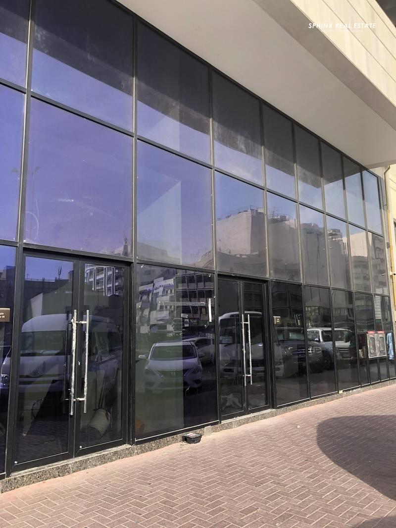 2 New brand in prime location bur Dubai