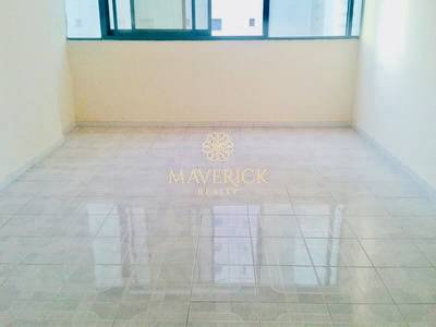 Studio for Rent in Al Majaz, Sharjah - No Deposit - Easy Payment in 6 Cheqs - Spacious Studio Unit  in Al Majaz