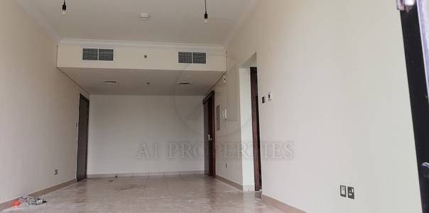 1 Bedroom Apartment for Rent in Downtown Dubai, Dubai - Big Balcony High Floor Canal View Chiller Free