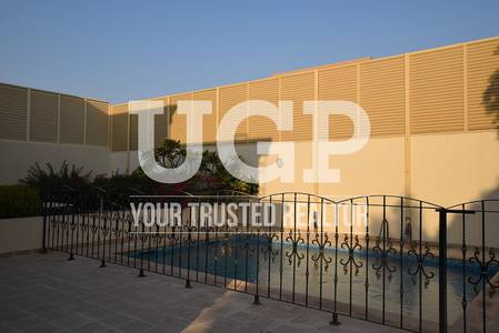 5 Bedroom Villa for Rent in Al Raha Golf Gardens, Abu Dhabi - Spacious Villa w/ Private Pool  Parking