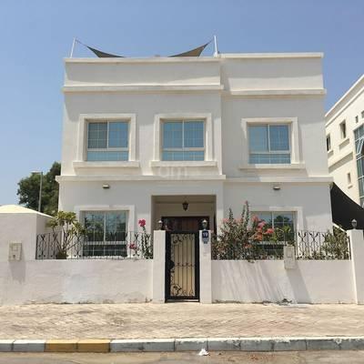 6 Bedroom Villa for Rent in Al Bateen, Abu Dhabi - Standalone 6 bedroom villa located in Bateen