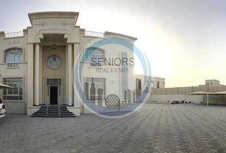 7 Bedroom Villa for Rent in Al Shamkha, Abu Dhabi - Villa with swimming pool in Al Shamkha