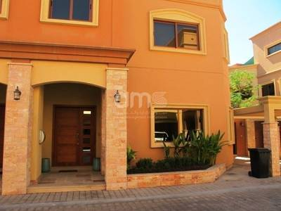 4 Bedroom Villa for Rent in Between Two Bridges (Bain Al Jessrain), Abu Dhabi - Stunning 4BR villa available in gated community