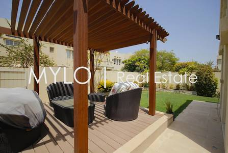 3 Bedroom Villa for Rent in The Lakes, Dubai - Upgraded End Unit Converted Into a 4 Bed
