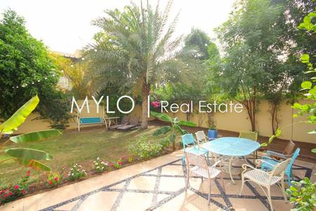 5 Bedroom Villa for Sale in The Meadows, Dubai - Looking to Buy in Meadows 9 I View today
