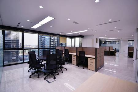 Office for Rent in Jumeirah Lake Towers (JLT), Dubai - Lake View From Corner Office at Low Floor