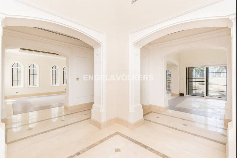 Polo Home | Huge Plot | Vacant Now | 6 Bed