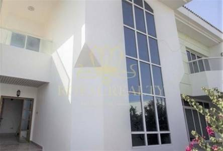 5 Bedroom Villa for Rent in Jumeirah, Dubai - Spacious | All Master's Bed | Pvt. Pool.