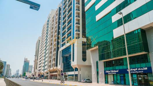 Shop for Rent in Al Khalidiyah, Abu Dhabi - Vacant Shops in a Residential Area