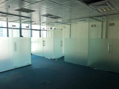 Office for Rent in Al Mamzar, Dubai - CHILLER FREE LUXURY OFFICE IN JUST 80K IN 4 CHQS WITH PARKING