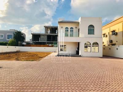 4 Bedroom Villa for Rent in Umm Al Sheif, Dubai - Well-managed 4BR Villa- Landscape Garden
