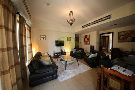 1 Bedroom Flat for Rent in Old Town, Dubai - Fully Furnished Corner Layout With A Kitchen Window
