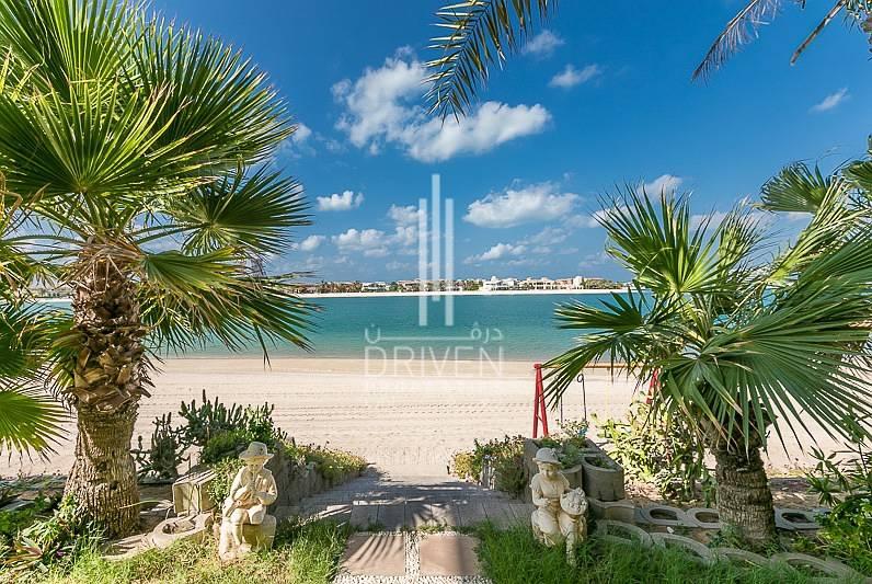 Beachside Furnished 4BR Garden Home Villa