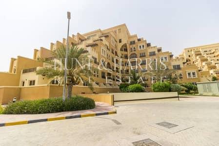 Lovely views  perfect 1st floor apartment  Al Marjan Island