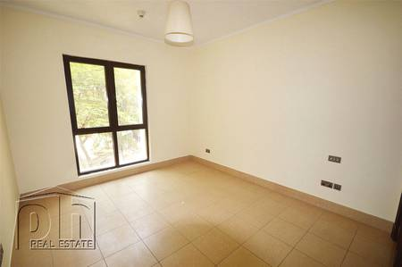 2 Bedroom Flat for Sale in Old Town, Dubai - | OT Specialist | Full 2 Bedroom | Urgent |
