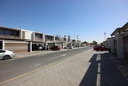 4 Bedroom Villa for Rent in Al Safa, Dubai - 1 Month Free for modern 4 BR villa! Ready to move in