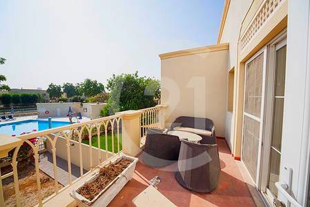 3 Bedroom Villa for Rent in Emirates Hills, Dubai - Stunning view of 2 lakes