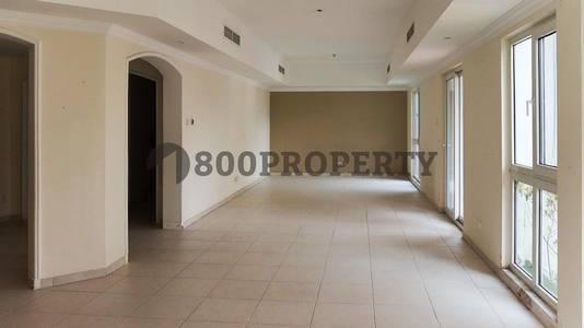 4 Bedroom Villa for Rent in Dubai Media City, Dubai - Spacious 4 Bedroom Villa with Lovely Private Garden