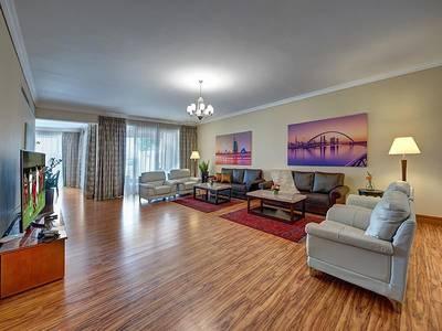 4 Bedroom Villa Compound for Rent in Al Barsha, Dubai - Luxury fully furnished serviced villa Dewa Included